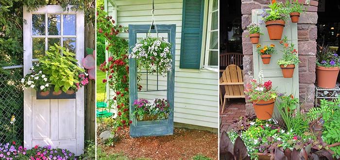 Старая дверь как подставка для цветов